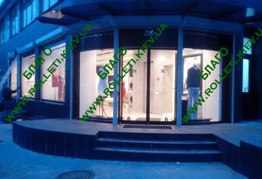 Защитные ролеты для магазина модной одежды Ermanno Scervino Киев